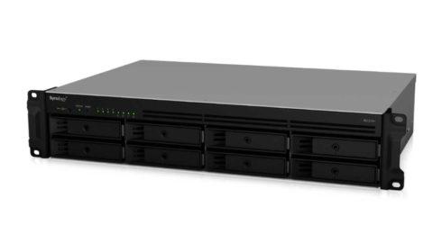 RackStation RS1219+ nabízí škálovatelnost úložiště a zároveň úsporu místa