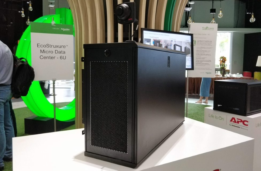 Mikrodatové centrum pro podporu edge serverů