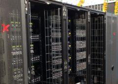provozování serverů v datacentrech