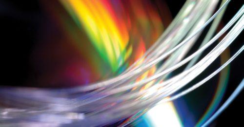Kabelážní systémy optimalizují prostor v datových centrech